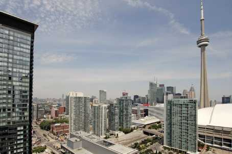 15 Fort York Blvd